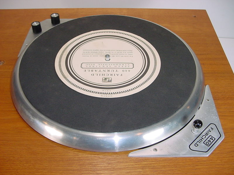 USA. VINTAGE (50,s-80,s) - Página 2 Fairchild-440-12-stereo-transcription-turntable-4