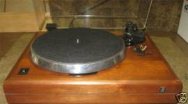 ar-es-1-walnut-base-turntable-4