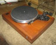 ar-es-1-walnut-base-turntable-5